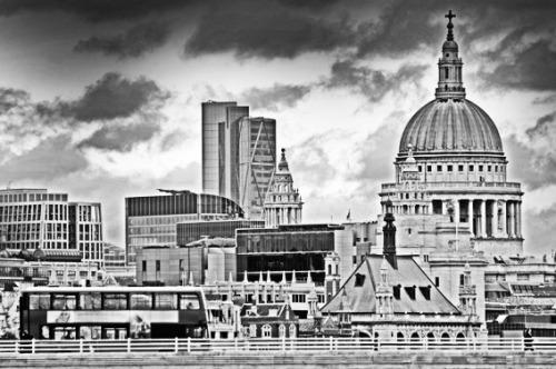 Black-white-corporate-london
